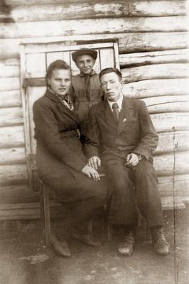 1 август-1951-с-Камышла-после-свадьбы__новый-размер