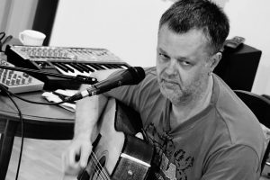 Unplugged. Акустический концерт Михаила Павлова @ Perfect Diner (ул. Гончарова, д. 19.1)