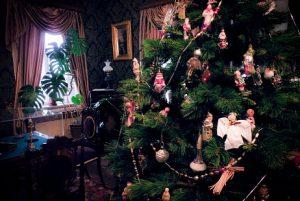Выставка «Игрушки наших бабушек» @ Музей-усадьба городского быта «Симбирск конца XIX – начала XX века» ( ул. Ленина д.90)