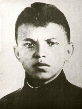 Церемония передачи документов о Герое Советского Союза Александре Матросове @ ул. Александра Матросова, д. 16