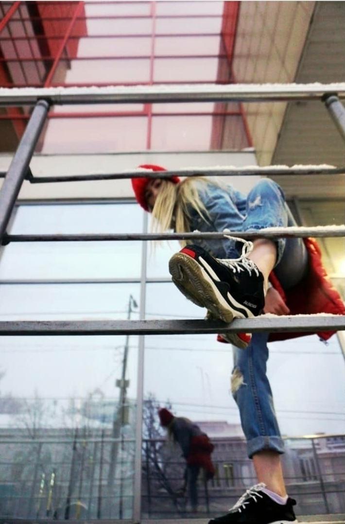 Выставка Дмитрия Лихачева «Изгибы» @ в музее «Симбирская фотография»  (ул. Энгельса, д. 1б)
