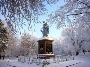 Торжественное возложение цветов к памятнику Николая Михайловича Карамзина @ Карамзинский сквер