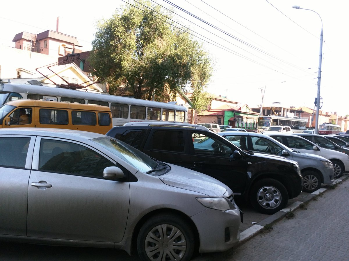 ВУльяновске шофёр трамвая устроил ДТП стремя машинами