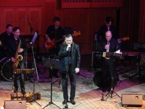Выступление ульяновского джаз-ансамбля «Академик Бэнд» @ На летней площадке Ленинского мемориала