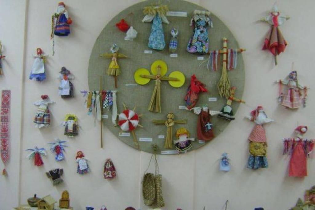 Музей народного творчества организовал мастер-класс по изготовлению традиционной куклы