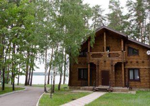 Гостевой комплекс «Берег» от 3900 руб./сутки
