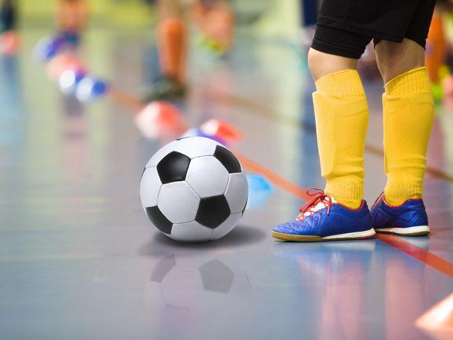 Городской турнир по мини-футболу, памяти Виталия Кузяшина @ в многопрофильном лицее № 11 имени В.Г. Мендельсона