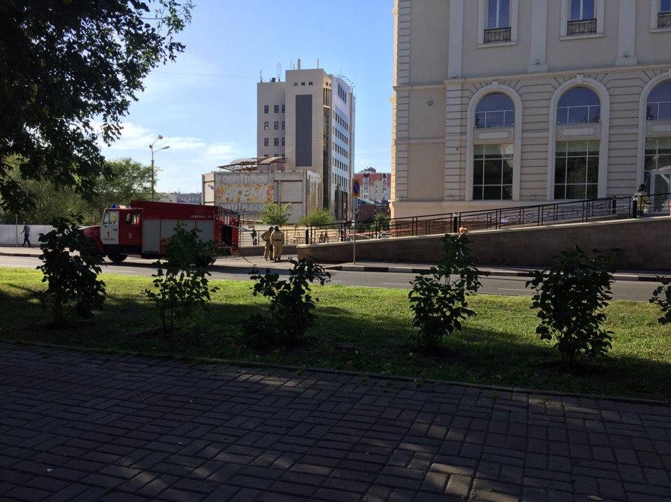 ВУльяновске эвакуированы посетители 2-х ТЦигостиницы