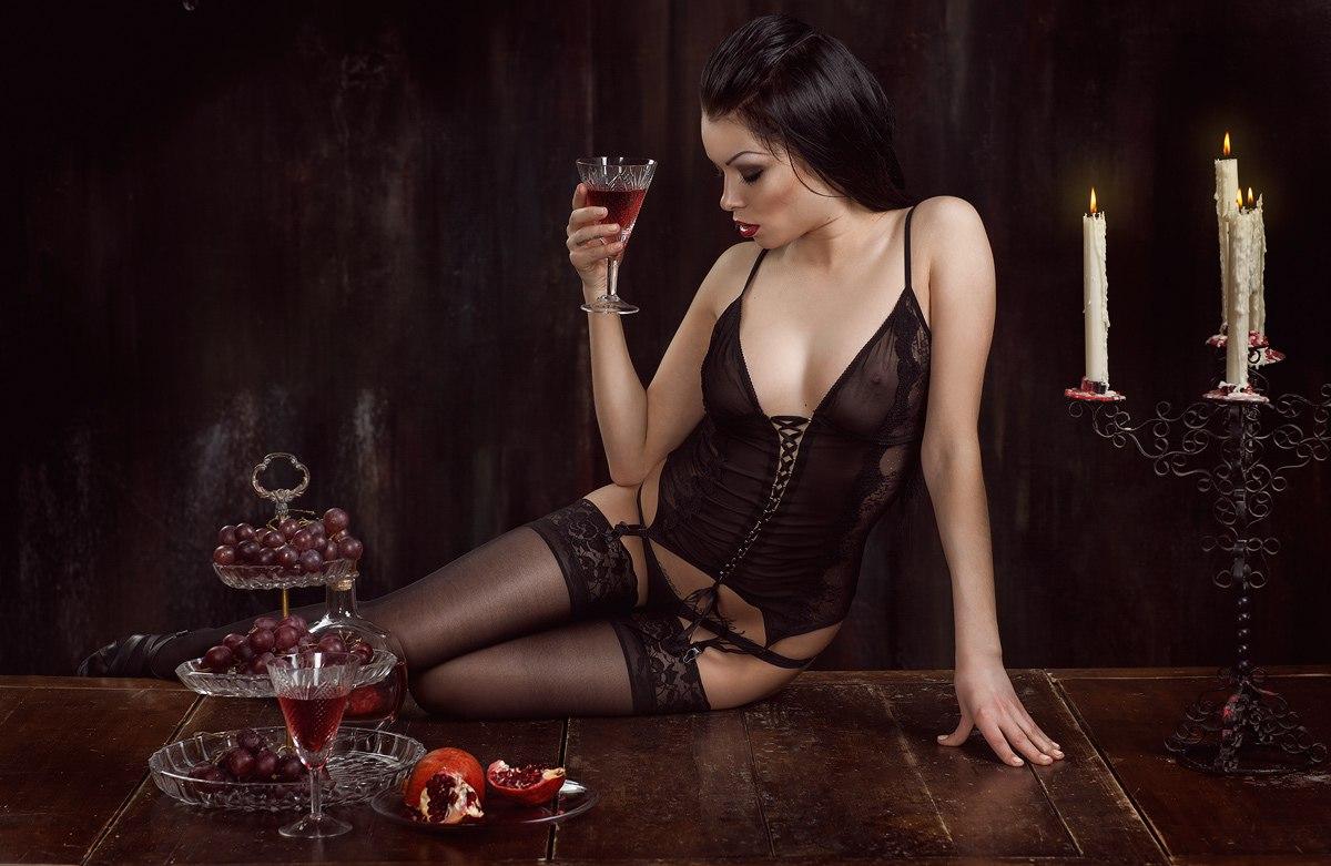 Сексуальная женщина вамп